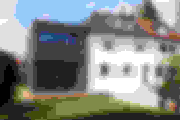 Haus L125:  Häuser von Holzerarchitekten