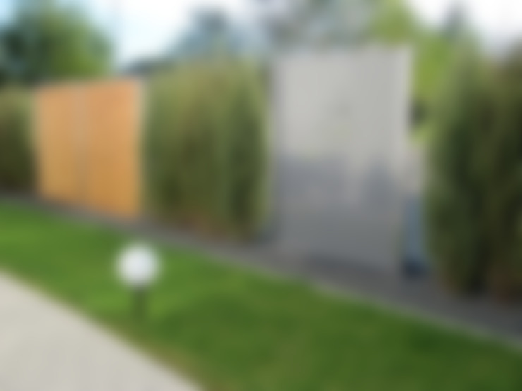 Jardines de estilo  por Edelstahl Atelier Crouse - individuelle Gartentore