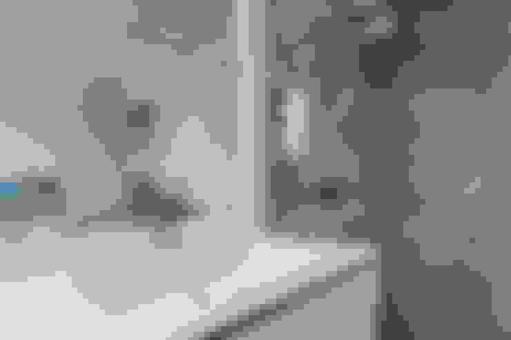Bathroom by Pixcity