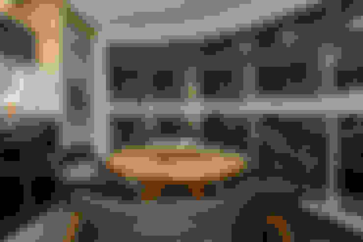 Apartamento Alphavile: Terraços  por Morávia - Arquitetura e Interiores