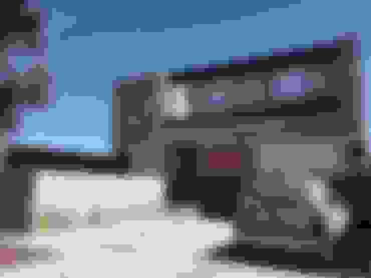 Casa Q: Garajes de estilo  por Felipe Gonzalez Arzac