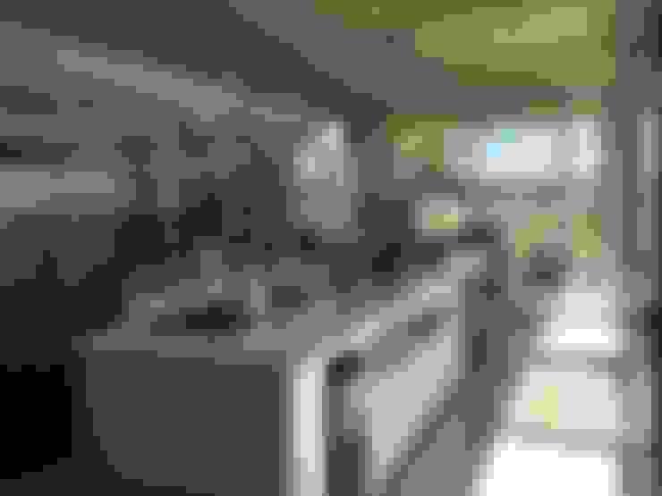 Casa Q: Cocinas de estilo  por Felipe Gonzalez Arzac