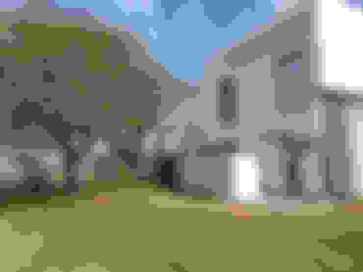 Casa La Estanzuela by Fernando Mattiuz: Casas de estilo  por MATTIUZ LOZANO