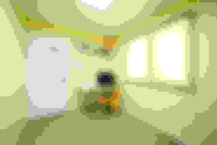 Nursery/kid's room by JMdesign