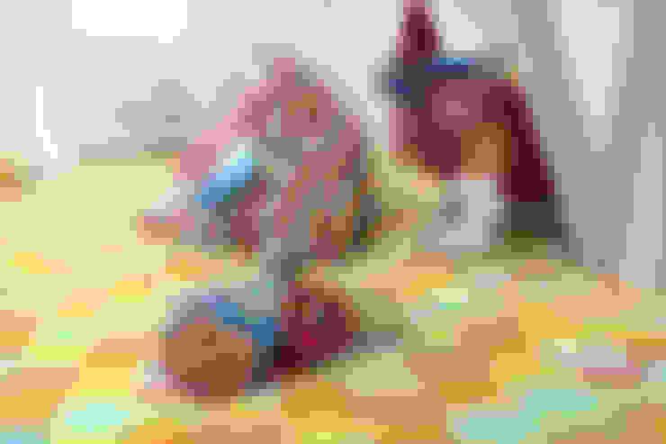 Dormitorios infantiles de estilo  por ramiro.amarante