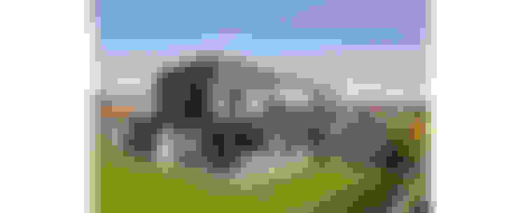 Дома в . Автор – RIVA Architectes