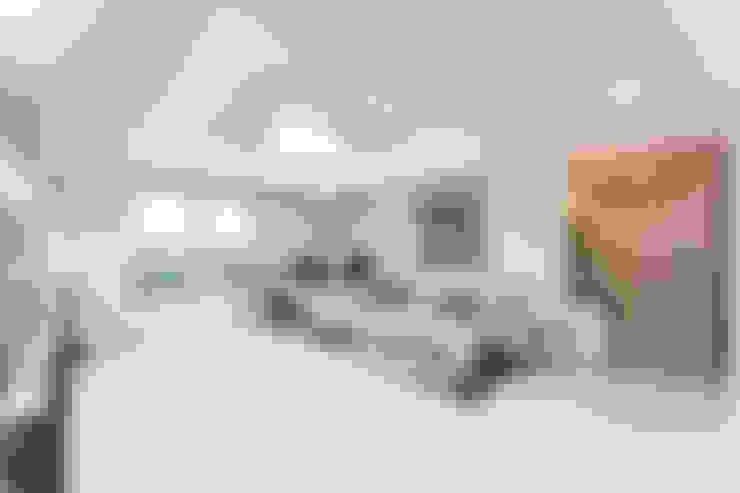 Phòng khách by dual design