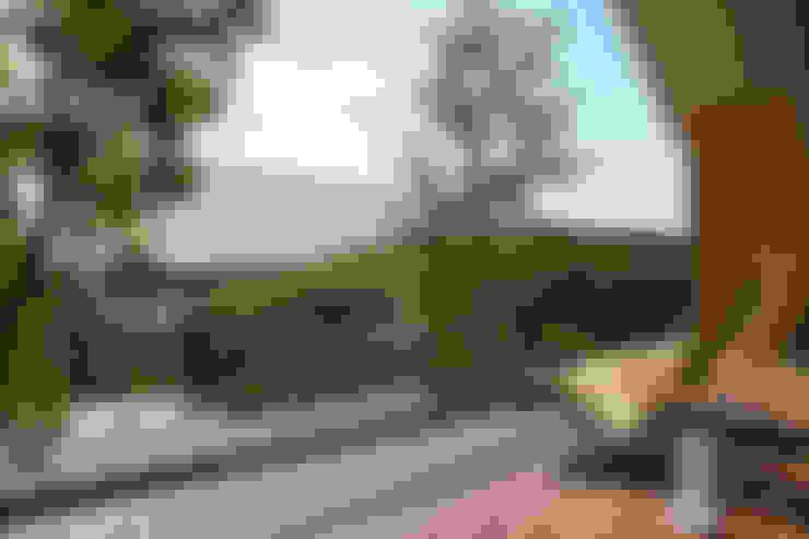 Terrazas de estilo  por Mimasis Design/ミメイシス デザイン