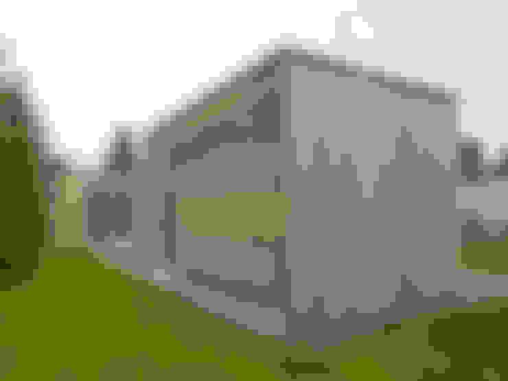 Houses by +studio moeve architekten bda