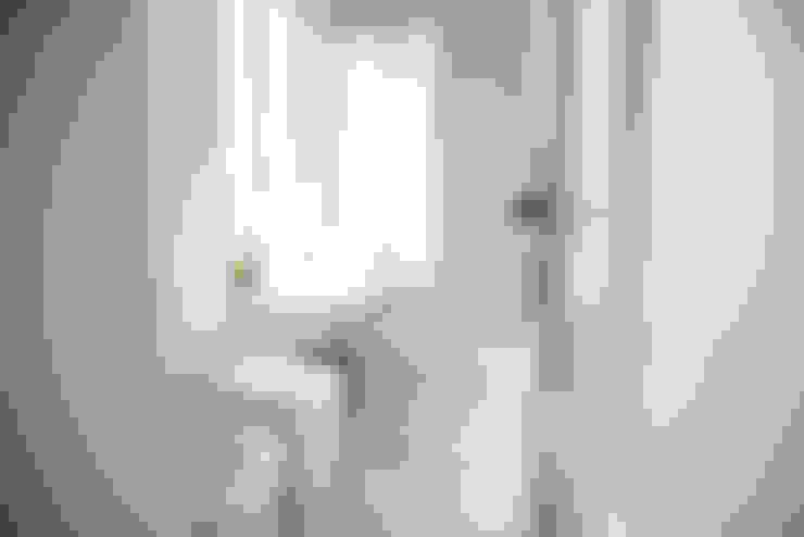 Phòng tắm by con3studio