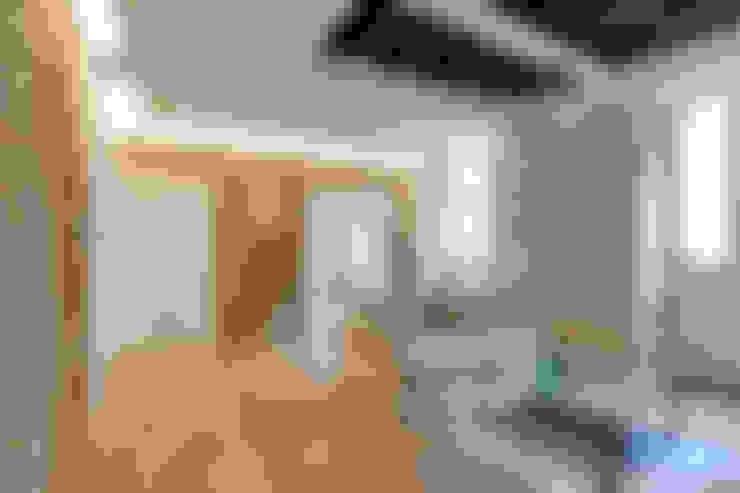 غرفة الملتيميديا تنفيذ SERENA ROMANO' ARCHITETTO
