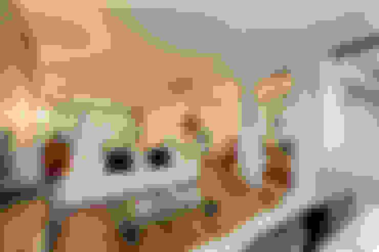 Ruang Keluarga by homify