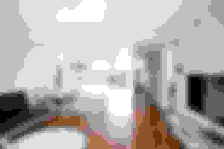Living room by 도노 디자인 스튜디오