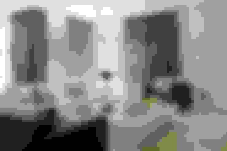 Living room by SA&V - SAARANHA&VASCONCELOS