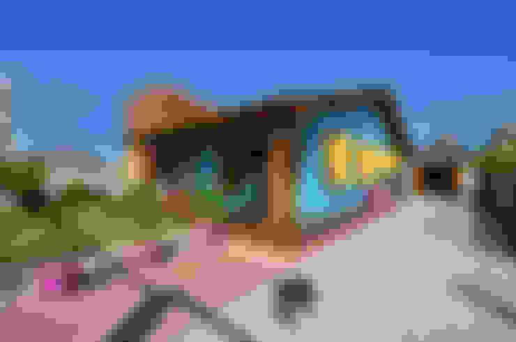BEACH HOUSE - TRAMANDAÍ/RS: Casas  por Arquitetando ideias
