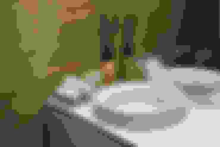Bathroom by PAULA NOVAIS ARQUITECTOS E DESIGN