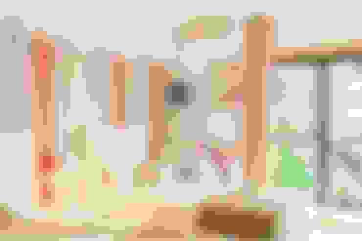 Nursery/kid's room by EU INTERIORES
