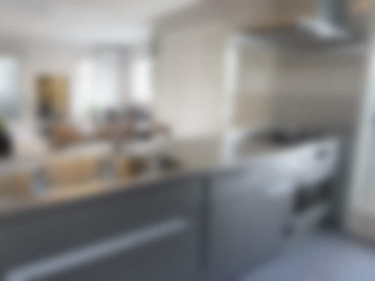 Kitchen by ロクサ株式会社