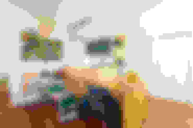 Dining room by 株式会社スタジオ・チッタ Studio Citta