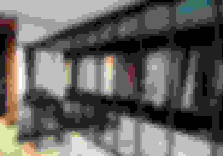Kerim Çarmıklı İç Mimarlık의  드레스 룸