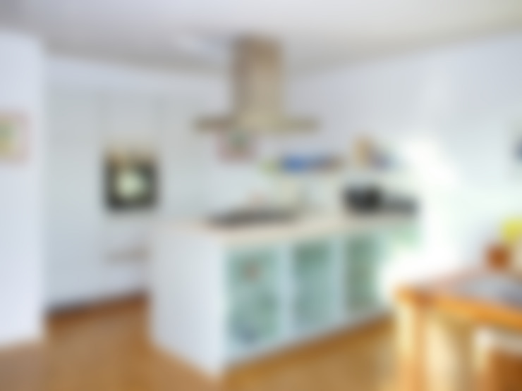 Кухни в . Автор – mAIA. Architektur+Immobilien