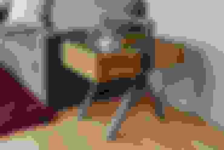 Sala de estar  por MADERA