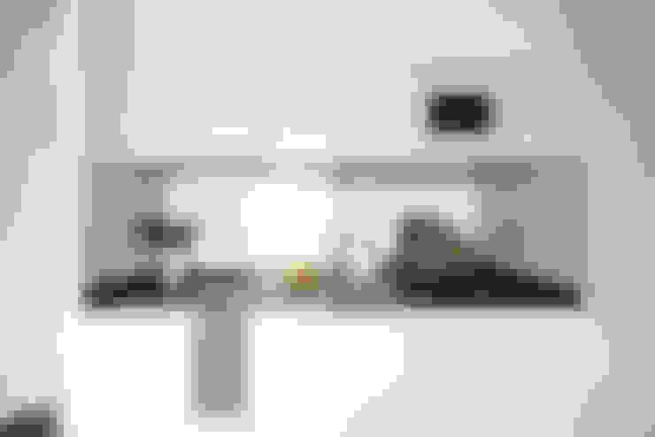 Keuken door V+M ARQUITECTOS