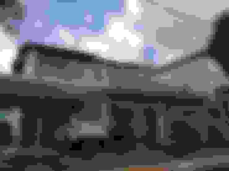 บ้านและที่อยู่อาศัย by Marcos Assmar Arquitetura | Paisagismo