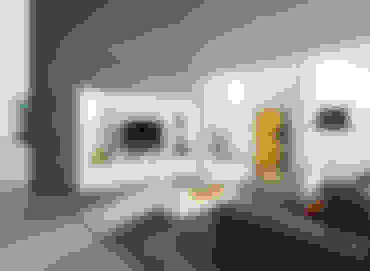 Livings de estilo  por Intense mobiliário e interiores;
