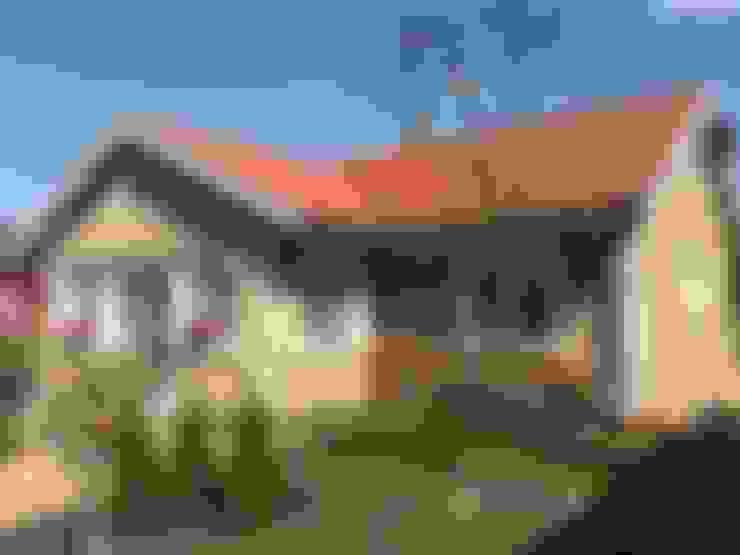 Casas de estilo  de miacasa