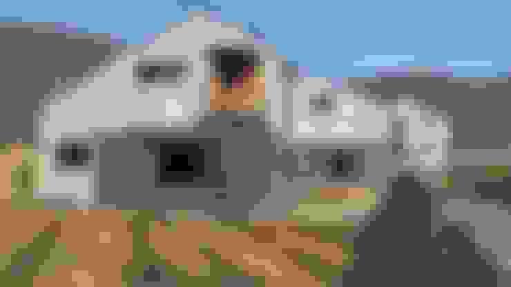 Nhà by 봄 하우스플랜