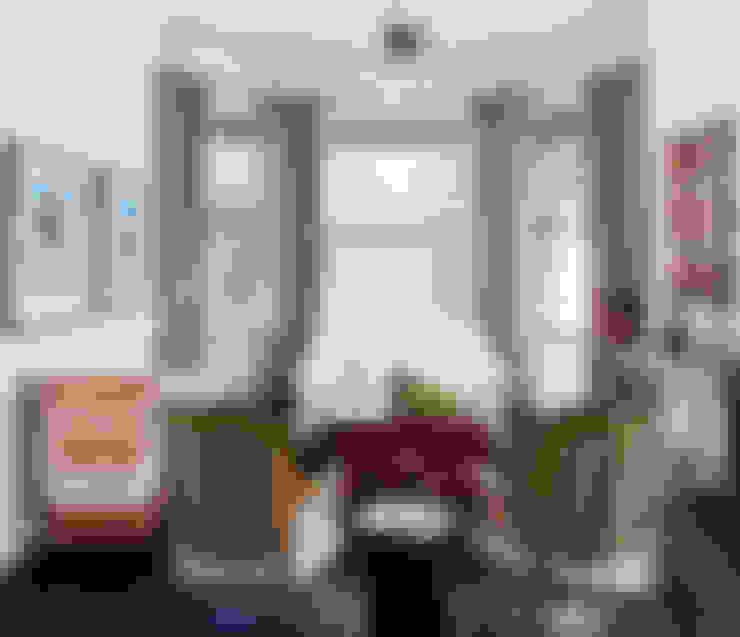 Casa em Sao Francisco - Potrero Hill: Salas de estar  por Antonio Martins Interior Design Inc