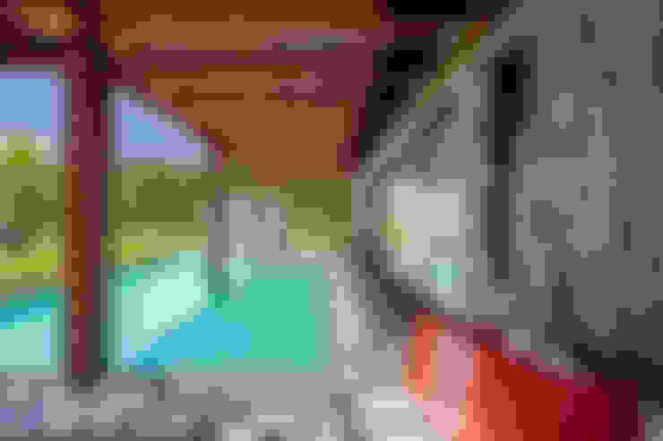 Residência Londrina 3: Terraços  por Antônio Ferreira Junior e Mário Celso Bernardes