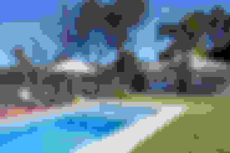 泳池 by Samy & Ricky Arquitetura
