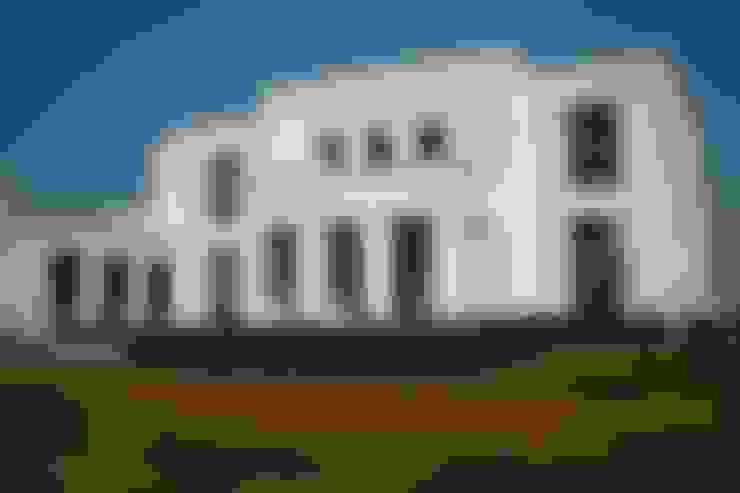 Casa Byrnes: Casas de estilo  por Aulet & Yaregui Arquitectos