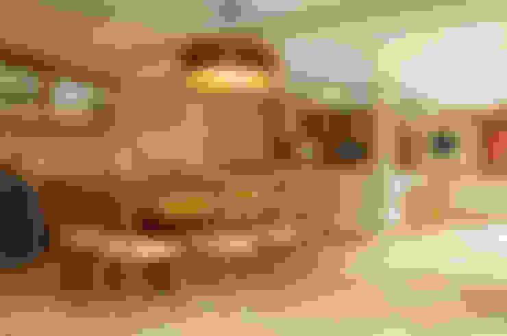 ห้องทานข้าว by Martins Valente Arquitetura e Interiores