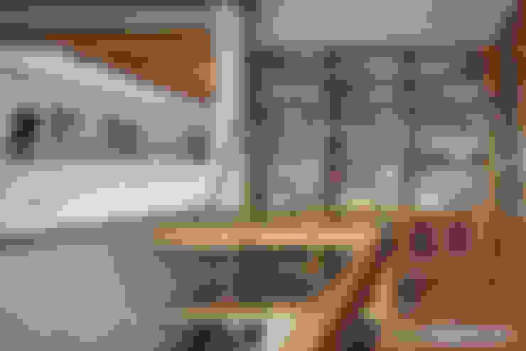 Estudios y oficinas de estilo  por MARIANGEL COGHLAN
