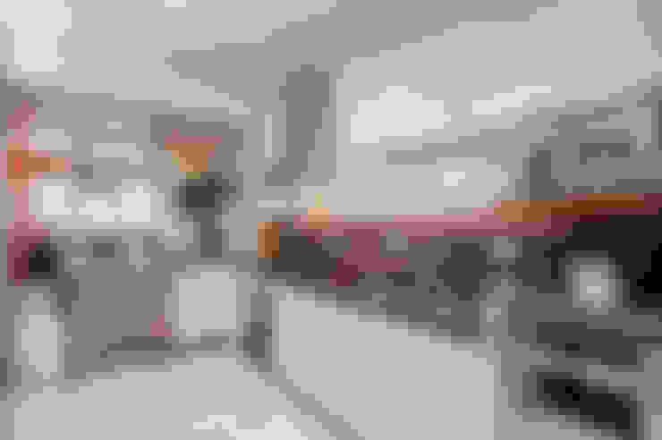 Apartamento 13: Cozinhas  por Patrícia Azoni Arquitetura + Arte & Design