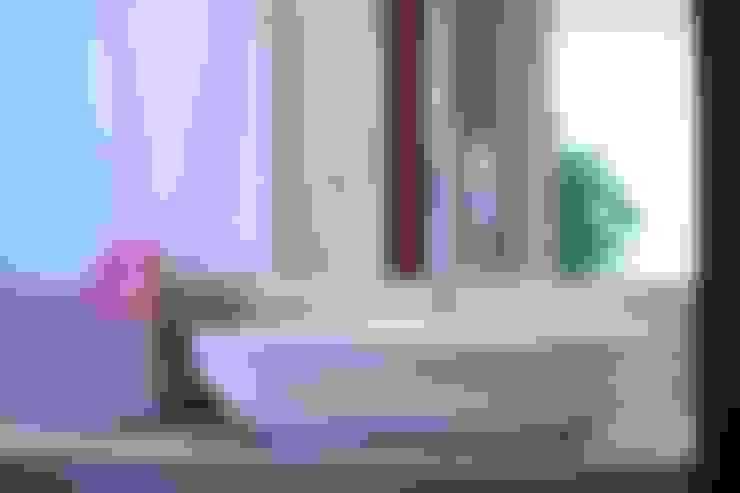 Nosso primeiro AP: Banheiro  por Coutinho+Vilela