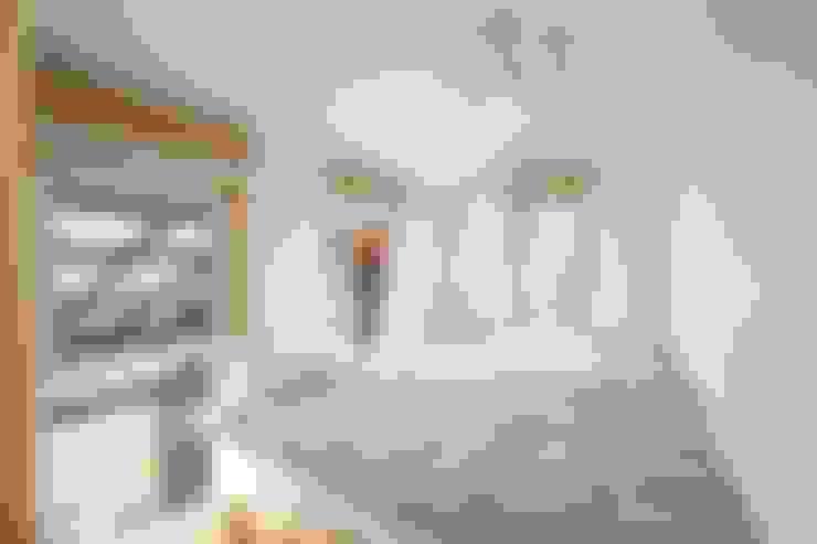 Projekty,  Sypialnia zaprojektowane przez 위드하임