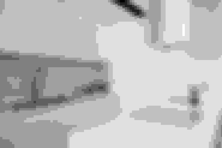 Kitchen by 샐러드보울 디자인 스튜디오