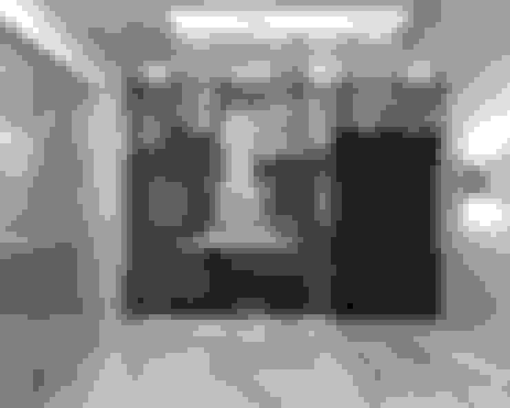 Corridor & hallway by De Panache  - Interior Architects