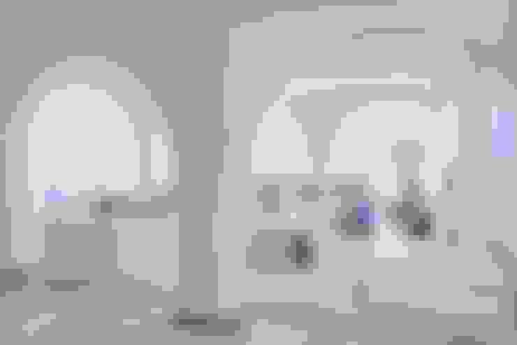 MORADIA RESTELO: Salas de estar  por Artica by CSS