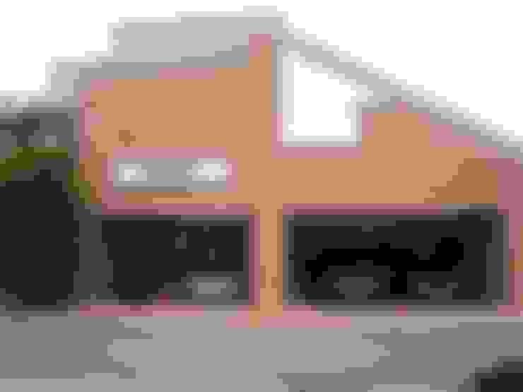 Rumah by 株式会社 t2・アーキテクトデザイン 一級建築士事務所
