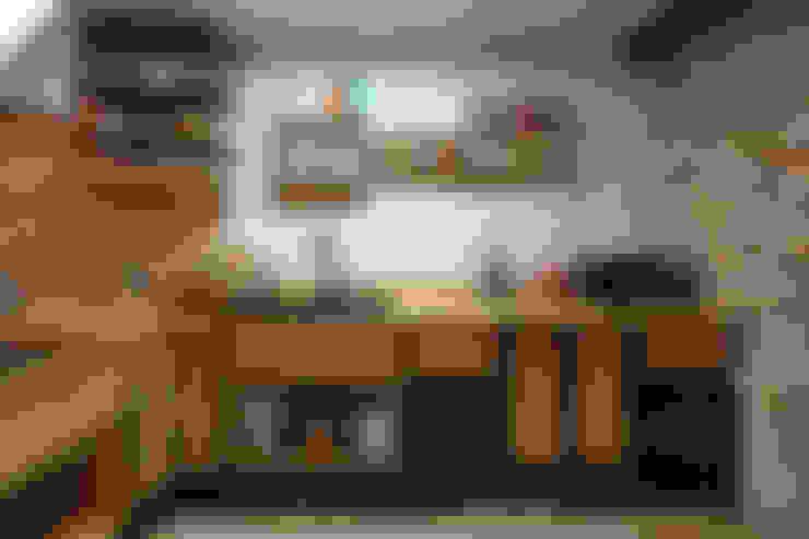 Cocinas de estilo  por 윤성하우징