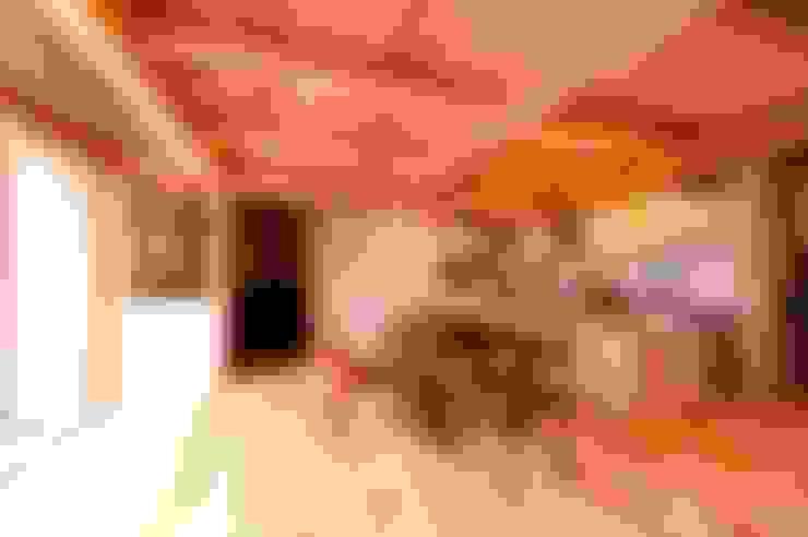 Salle à manger de style  par AMI ENVIRONMENT DESIGN/アミ環境デザイン