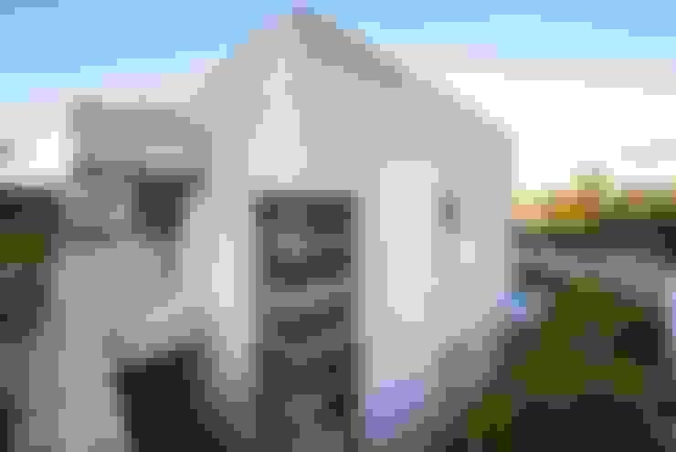 Casa, Condomínio Ibi Aram, Itupeva, São Paulo, Brasil: Casas  por Larissa Carbone Arquitetura e Interiores
