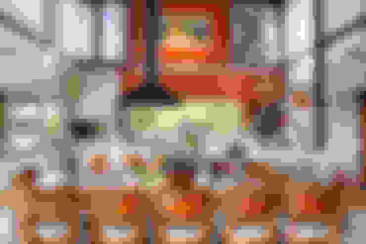 Casa Fazenda CC: Salas de jantar  por Silvia Cabrino Arquitetura e Interiores