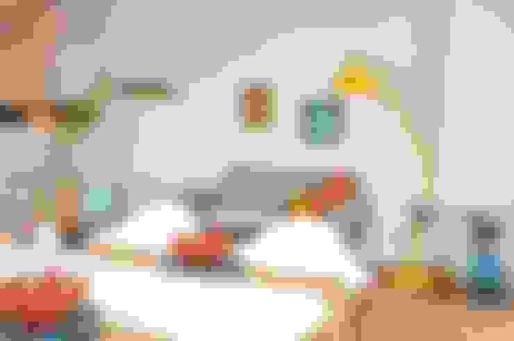 Salas de estar  por Karin Armbrust - Home Staging