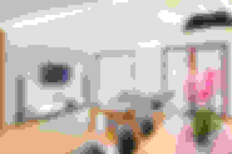 Ruang Keluarga by IN